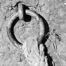 Metalen ring met touw