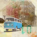 Blauwe volkswagen bus, bruine achtergrond.